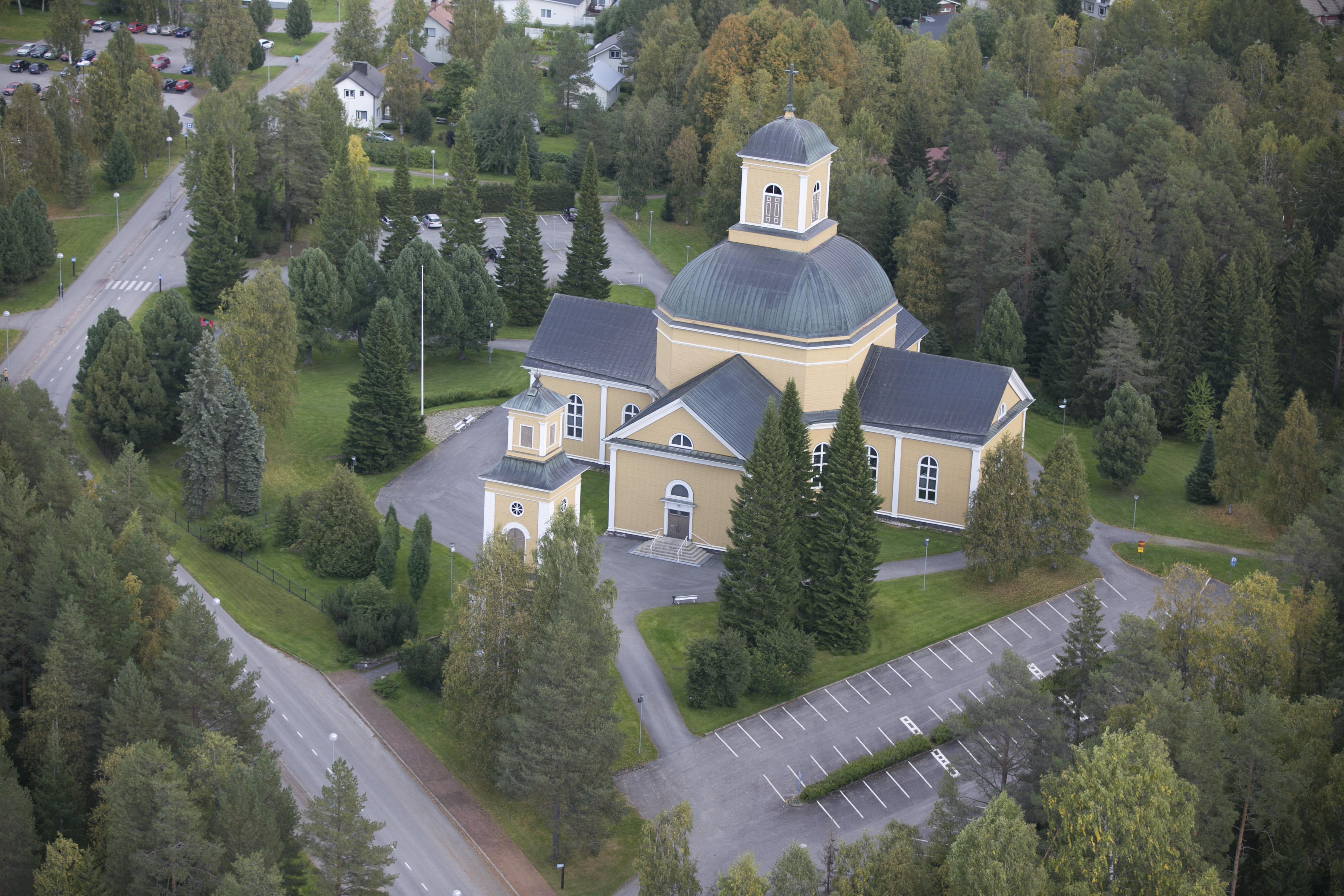 Kuhmon kirkko