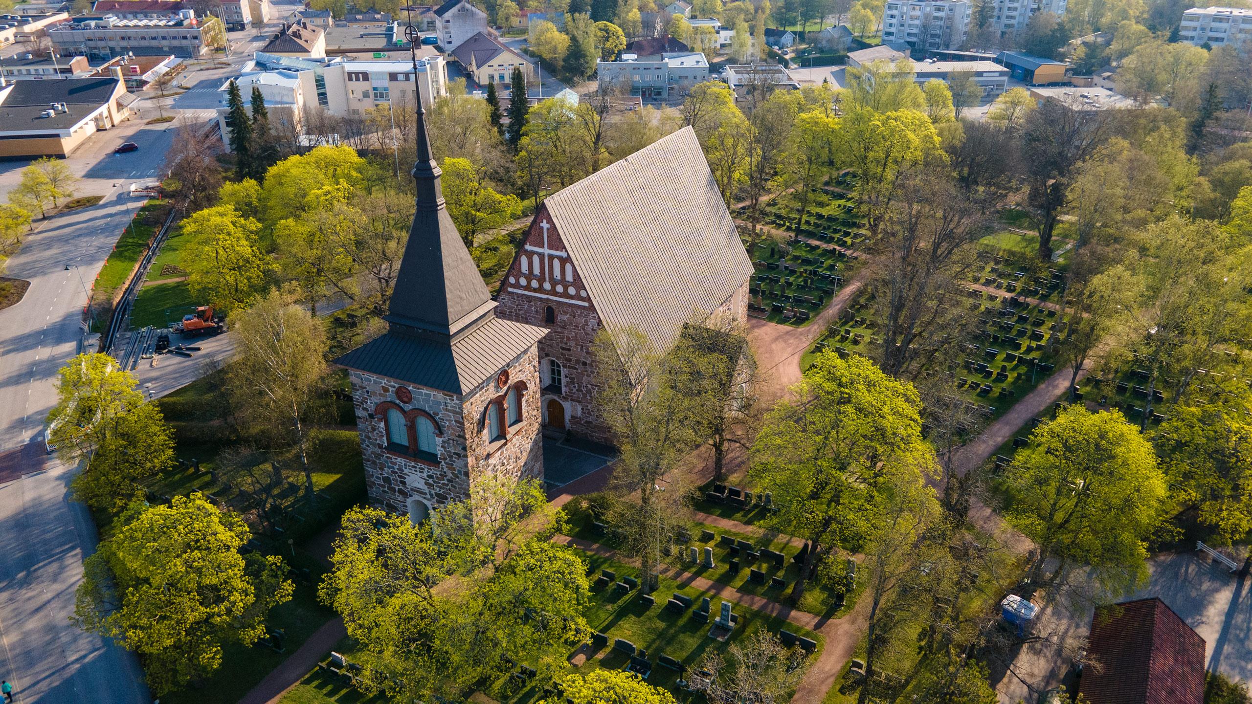 Pyhän Mikaelin kirkko (Laitila)