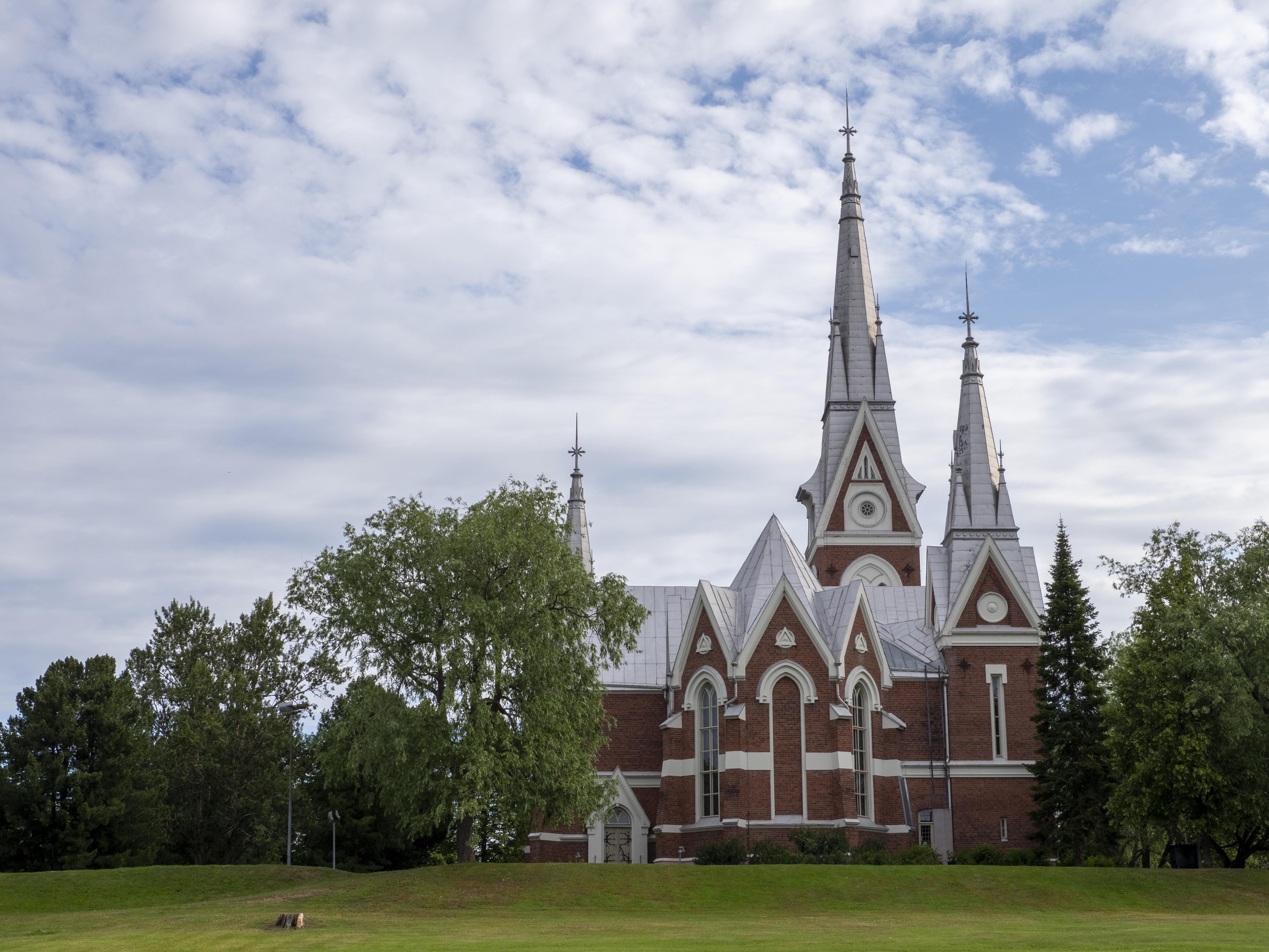 Joensuun ev.lut. kirkko