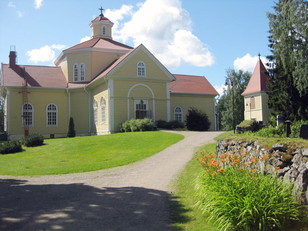 Luopioisten kirkko